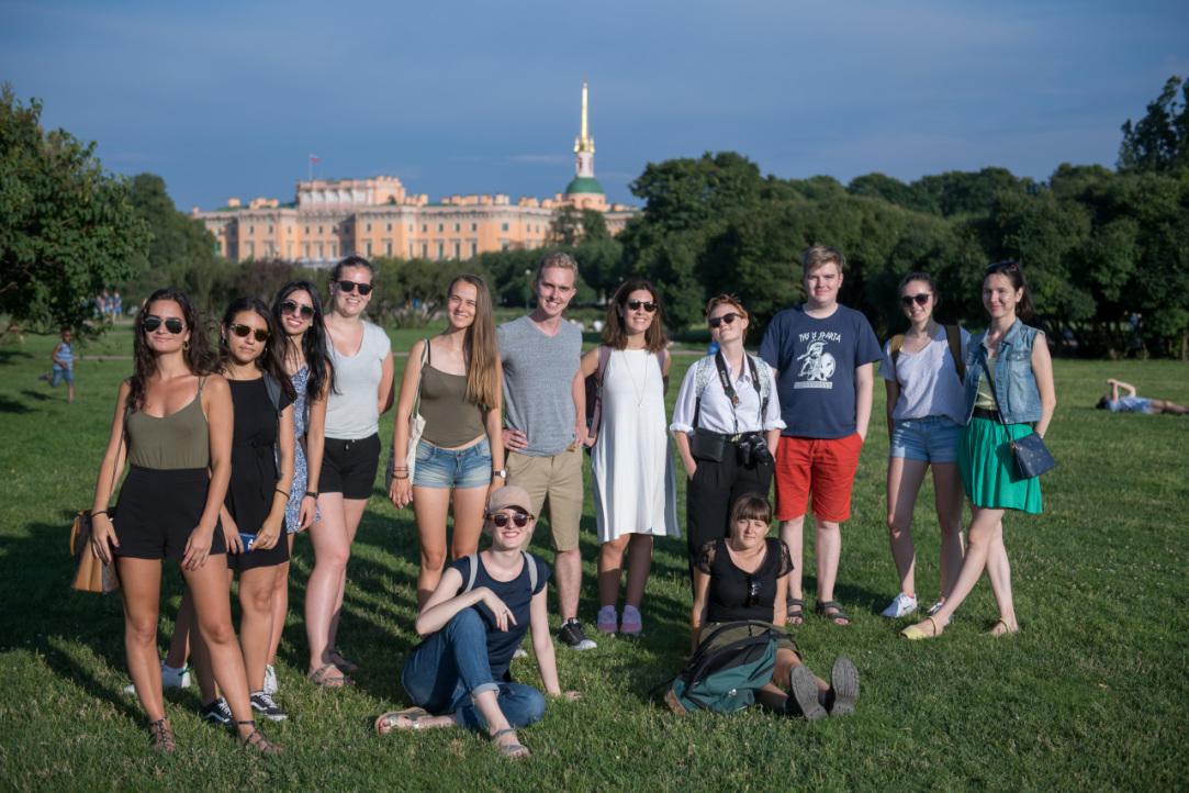 1ddbeaaccc9 Подать заявку на участие в Летней школе могут все желающие  студенты и  выпускники российских и зарубежных университетов